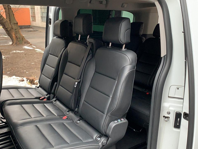 Peugeot Traveller Business VIP Long белый